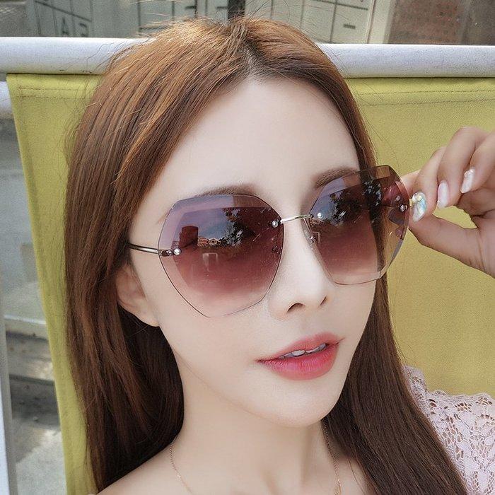 簡單新穎小清新時尚網紅同款ulzzang墨鏡女潮新款太陽鏡防紫外線ins眼鏡圓臉街拍
