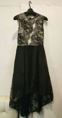 優雅氣質 微性感 網紗蕾絲禮服 轉售