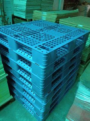 yen 二手塑膠棧板 中古棧板