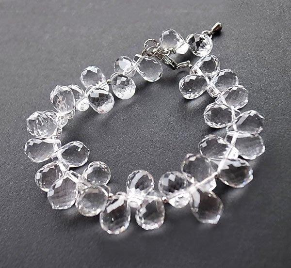 ☆采鑫天然寶石☆ **小露珠**~頂級天然純淨白水晶手鍊~珠寶級晶亮鑽切立體水滴款~珍藏