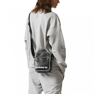 南◇2020 3月 Adidas Classic Mini Bag 小腰包 側背 肩背 方形包 皮革 DH1006 黑色