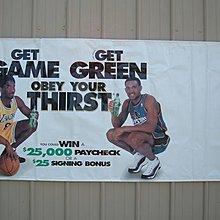 Kobe Bryant  Grant Hill 雙巨星  1998年  巨幅雪碧店家防水宣傳海報