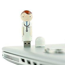 精品款醫生造型USB   16GB