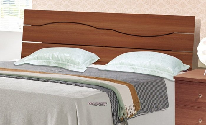 【DH】商品編號N619-6商品名稱雅喬5尺胡桃色床頭片。備有3.5尺。主要地區免運費
