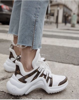 LV archlight sneaker 白色拼老花logo 明星款運動鞋 休閒鞋 老爹鞋全新真品尺寸37