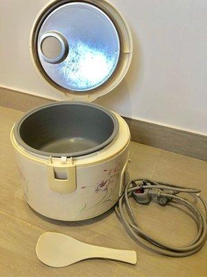 10人份量 90%新《National 樂聲牌》西施電飯鍋煲 electricity rice cooker 450w 有煲湯、煮飯或煮粥模式(原價$398)