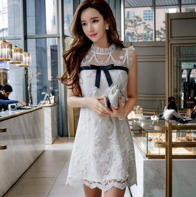 無袖洋裝立圓領本白色手工釘珠蕾絲拼接黑色緞帶寬鬆無袖洋裝許願魔鏡@wishing Mirror-*-D16BDR052