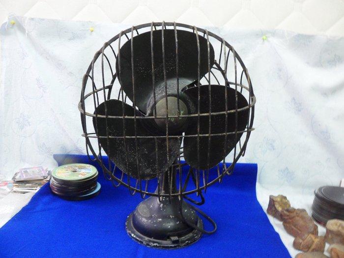 紫色小館40--------百年骨董級國外電風機