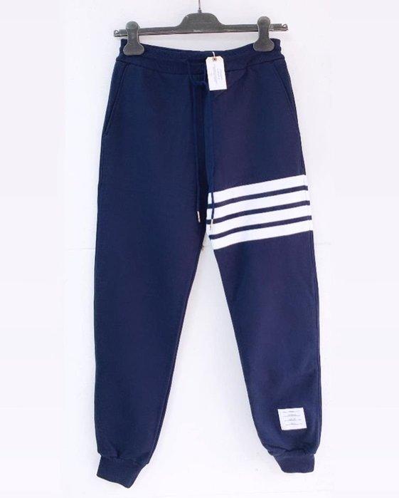[ 羅崴森林 ] 現貨THOM BROWNE SS2020新品湯姆布朗海軍藍拉繩束口褲