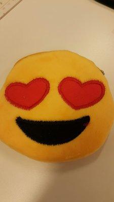 全新可愛Emoji銀包仔, 每個$10