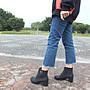 Lo流行女鞋~  個人元素*.帥氣綁帶造型拉鍊...