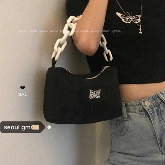 ❤Princess x Shop❤復古美式單品bag~韓系小眾設計師款蝴蝶刺繡粗鏈條腋下包包TAG3-26-148
