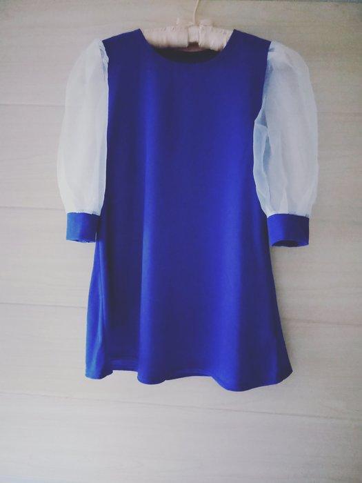 丹丹衣坊--日款透明紗袖甜美上衣