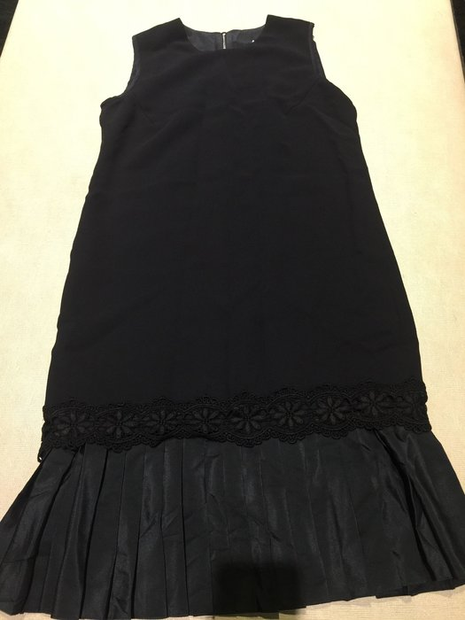 Victoria Beckham 黑色雕花美洋裝 連身裙