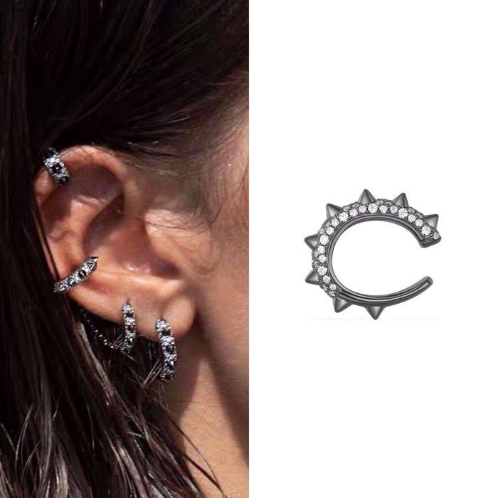 💎1481、黑鑲捕夢網系列 亮眼黑鑲麥穗晶鑽輕奢『耳骨夾』💎正韓飾品 耳環 珠寶 925純銀針