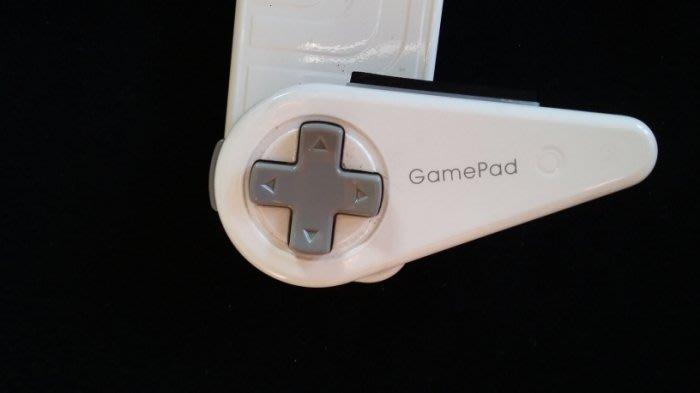 二手舖 NO.657 藍芽 遊戲搖桿 藍芽 Bluetooth Gamepad