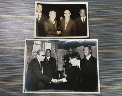 前總統嚴家淦先生老照片2張