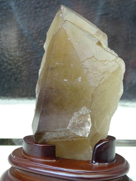 ~shalin-crystal~巴西茶黃水晶骨幹~0.582公斤~晶質清透~質地超優~低價起標!