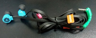 (福利品)百滋Coloud POP 入耳式耳機-黑藍色(展示機,無包裝裸機,無保固)