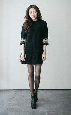 轉賣 [Lemon Drop] 民俗風 彩色 織紋袖 粗 針織 短洋裝 洋裝 長版 上衣 五分袖 黑色
