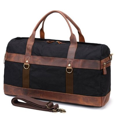 ~皮皮創~原創設計手作防水帆布旅行包。歐美復古油蠟帆布旅行袋戶外防水瘋馬牛皮拼接帆布行李袋登機包出遊旅行運動包