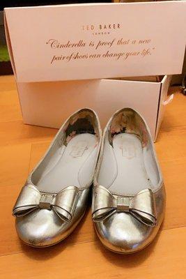 英國 Ted Baker 芭蕾舞 平底 娃娃鞋 銀 Immet metallic ballet flats 二手 UK6