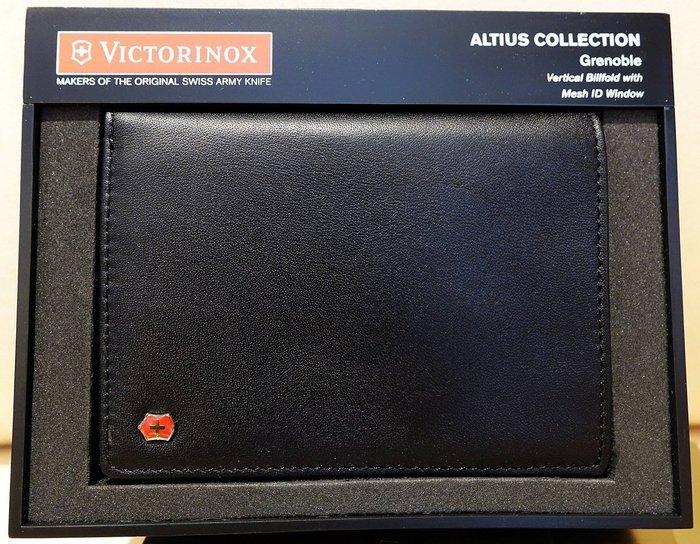 大降價!全新瑞士名牌 Victorinox Altius Collection 男用短夾,附外包裝禮盒,無底價!免運費!