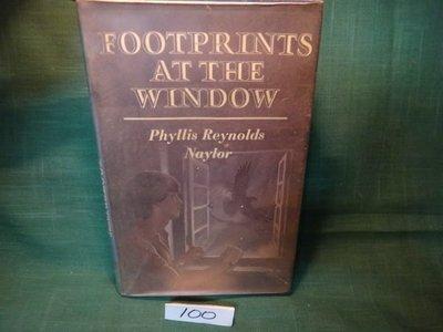 【愛悅二手書坊 03-17】Footprints at the Window
