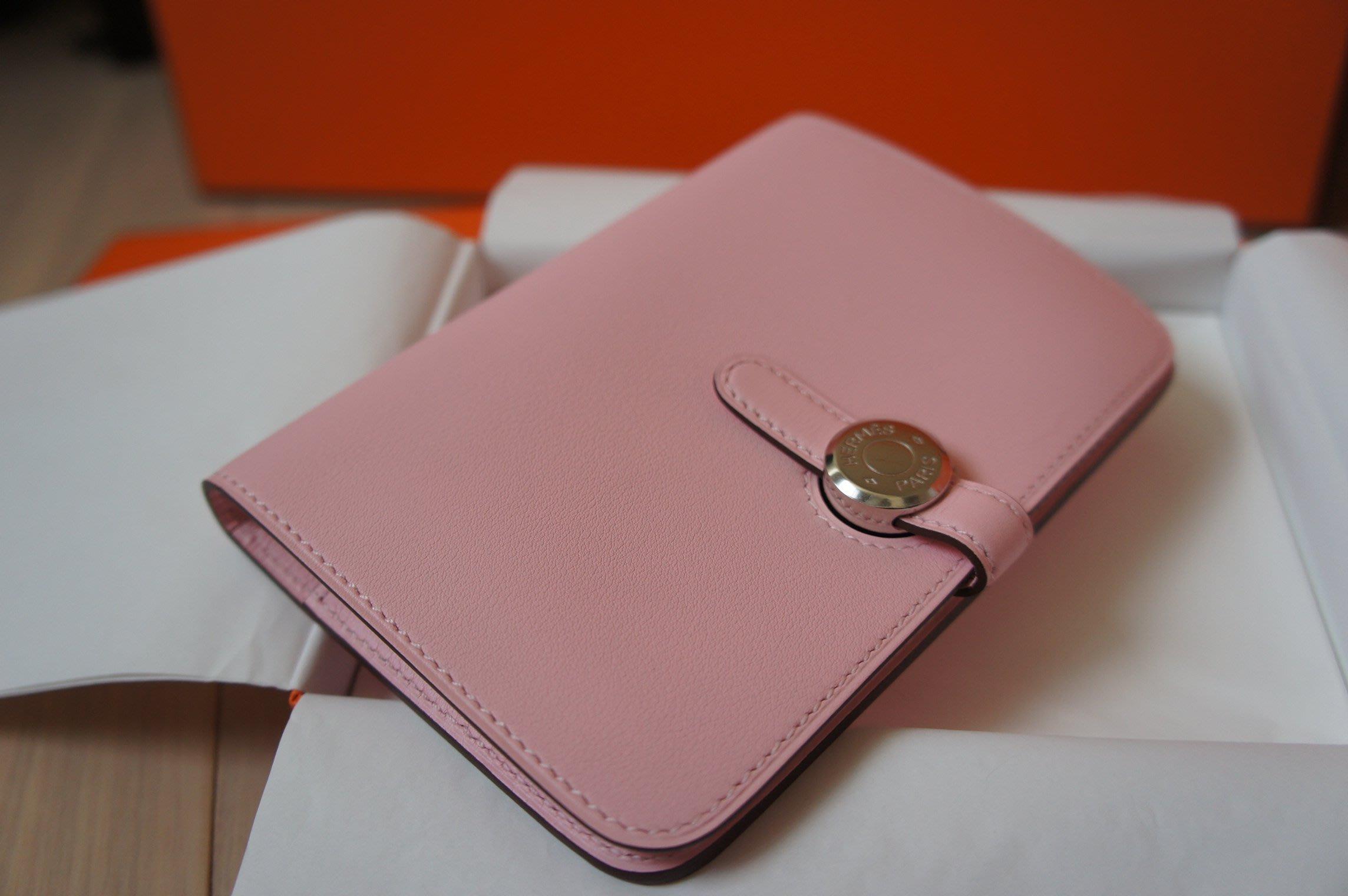 全新 Hermes Dogon 粉紅色中夾 Sakura 3Q 櫻花粉