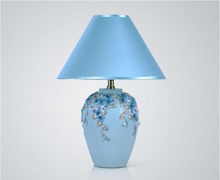 粉紅玫塊精品屋~歐式田園創意台燈卧室布藝床頭燈~藍色