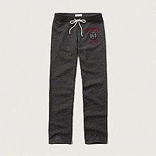 Maple麋鹿小舖 Abercrombie&Fitch * AF 深灰色電繡字母徽章長棉褲 * ( 現貨XS號 )