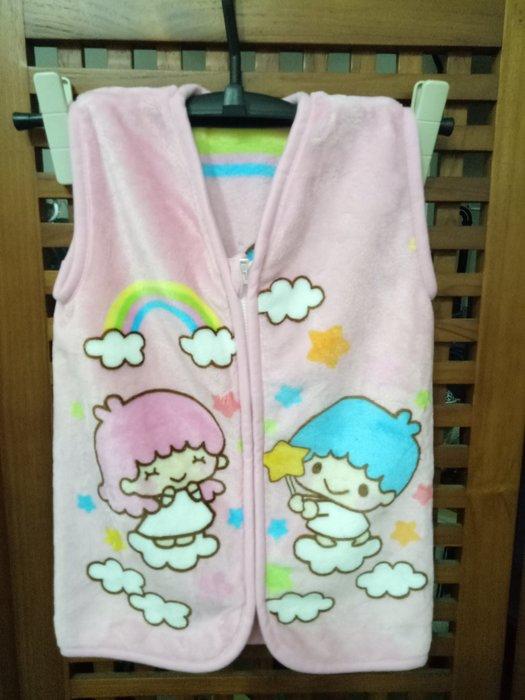 天使熊雜貨小舖~日本Sanrio兒童絨毛拉鍊背心毯 50x30cm 保暖毯.居家服  全新現貨