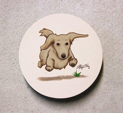 《臘腸狗-飛起來》/ 原創-陶瓷吸水杯墊  / 蒼蠅星球 / 手創市集 / 奶油臘腸 / 長毛臘腸