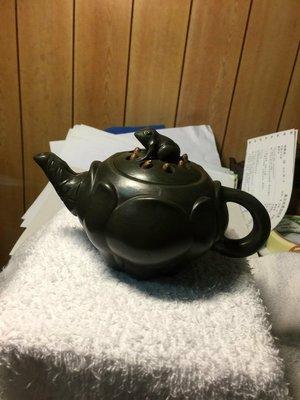 蔣蓉款蓮子青蛙壺(老綠泥,藏家釋出)