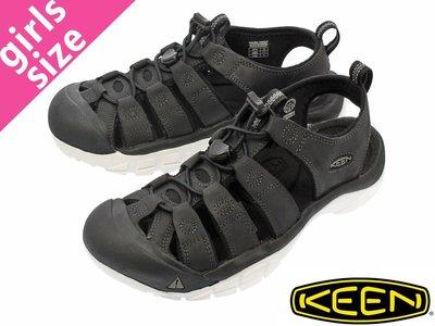 =CodE= KEEN NEWPORT ATV SANDALS 彈性綁繩護趾防水包頭涼鞋(黑白)1016866 拖鞋 女