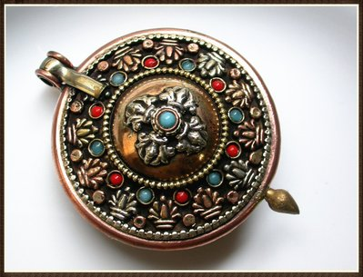 【雅之賞|藏傳|佛教文物】*特賣* 尼泊爾 紫銅 嘎嗚(大)~Q1417