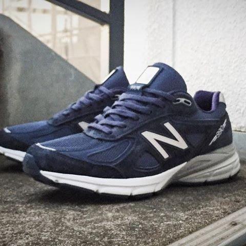 New Balance 余文樂 麂皮 總統 慢跑鞋 M990NV4 男鞋 藍灰白