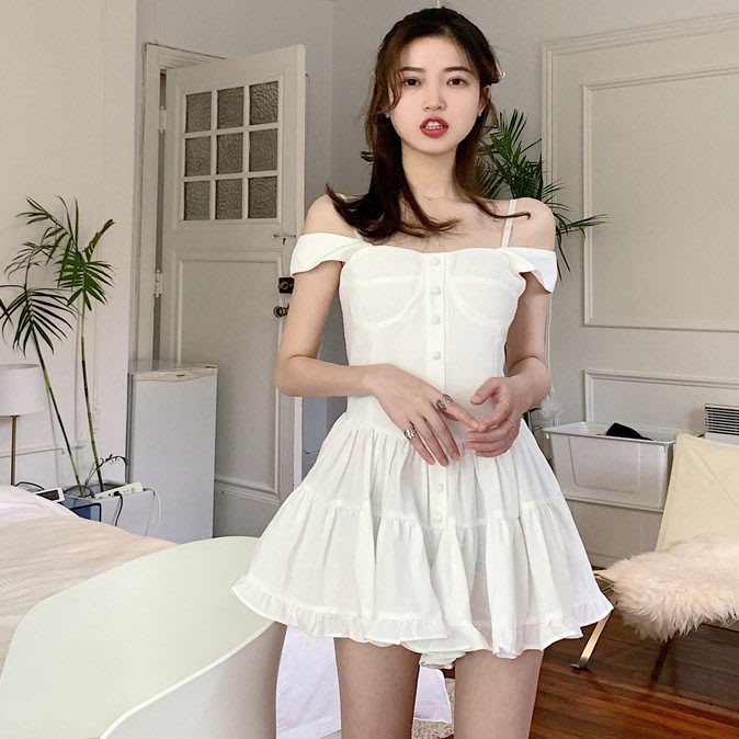 Qmi 2019夏季新款一字肩荷葉邊修身吊帶連體褲裙