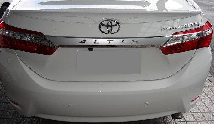 TOYOTA 11代 ALTIS【高質感尾門鍍鉻貼膜】3M美國進口高品質車貼專用膠膜