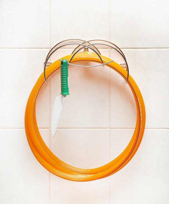 台灣製造*S-90-2A微笑不鏽鋼水管架,風格雅緻,黑、橘色水管、民宿園藝皆適用收納架置物架,304不鏽鋼頂級品