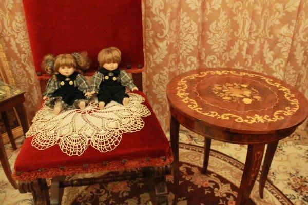 【家與收藏】特價稀有珍藏歐洲古董法國精緻古典可愛小情侶瓷娃娃