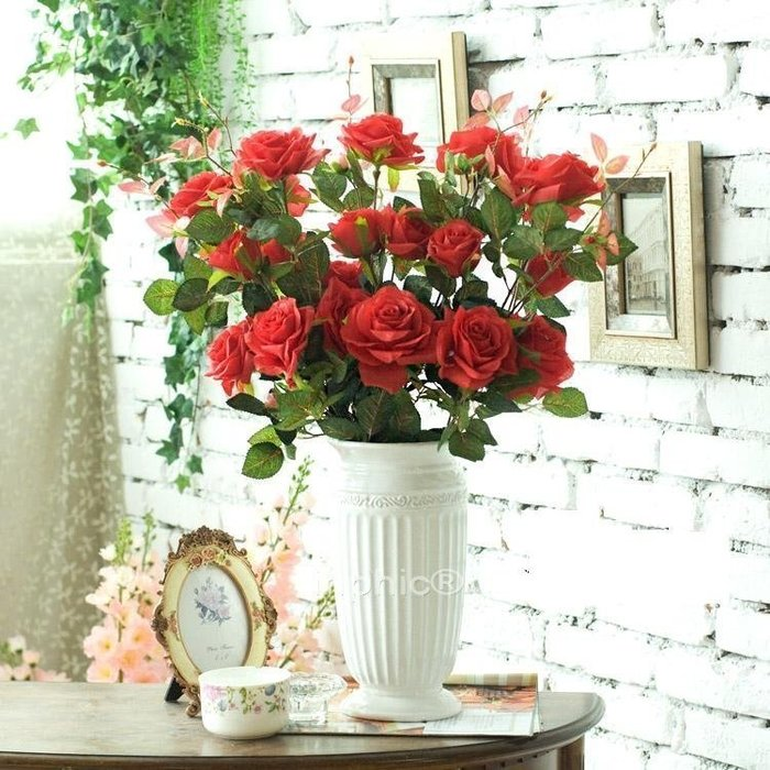 INPHIC-地中海風 白色浮雕圓口陶瓷花瓶7枝戴安娜長枝玫瑰 仿真花套裝