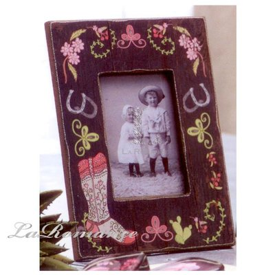 【Creative Home】Heart & Home 心戀家居系列長靴木製相框 A (小花款)
