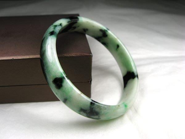 A貨天然玉鐲 老坑種 翠綠 翡翠玉鐲 手圍約18.3 cm,滿意度100%,台北20年老店可面交,近捷運