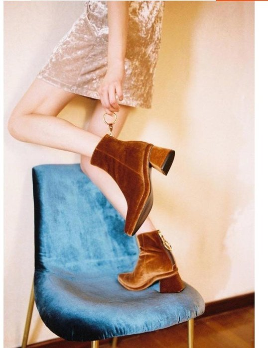 SeyeS {韓國空運} 個性英倫歐美時尚搖滾後拉鍊天鵝絨短靴