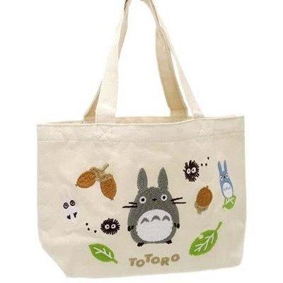 龍貓刺繡手提包 豆豆龍手提袋 外出小包 便當袋 宮崎駿 樹果款 日本正版~彤小皮的遊go世界