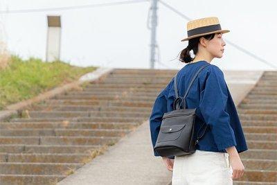 預購 日本人氣品牌 Kanmi storyリュック  可愛  防潑水 牛皮 牛革 方形 後背包 日本製