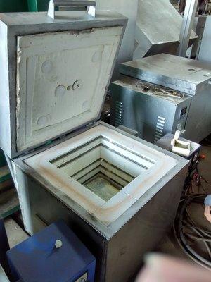 電窯租借服務陶藝電窯 高溫窯 氧化燒 還原燒 瓦斯電窯 租用 陶瓷彩繪