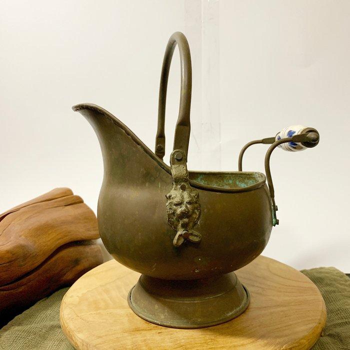 古董老件 義大利帶回 獅子 銅器 陶瓷 器皿 花瓶