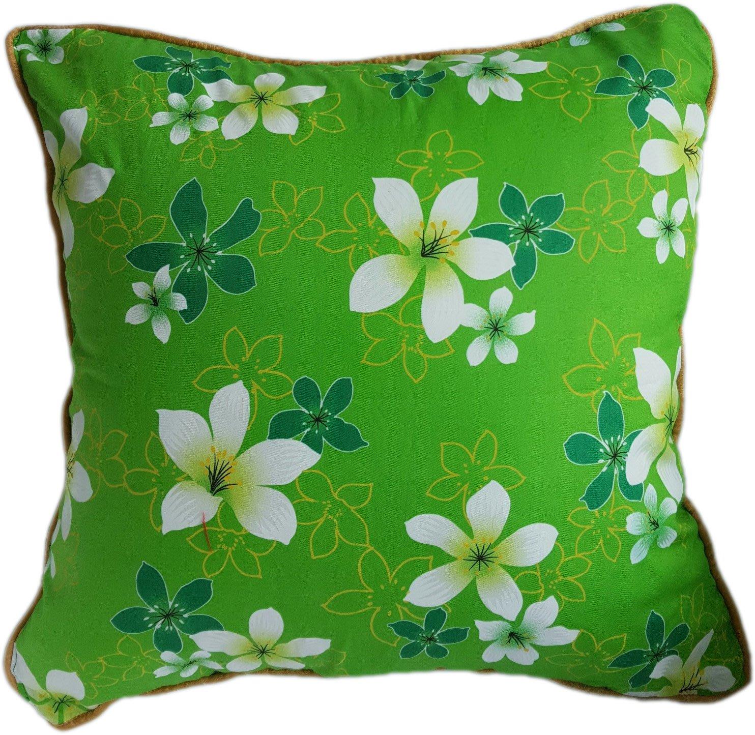 C09 油桐花綠底抱枕  45x45cm (含枕心)